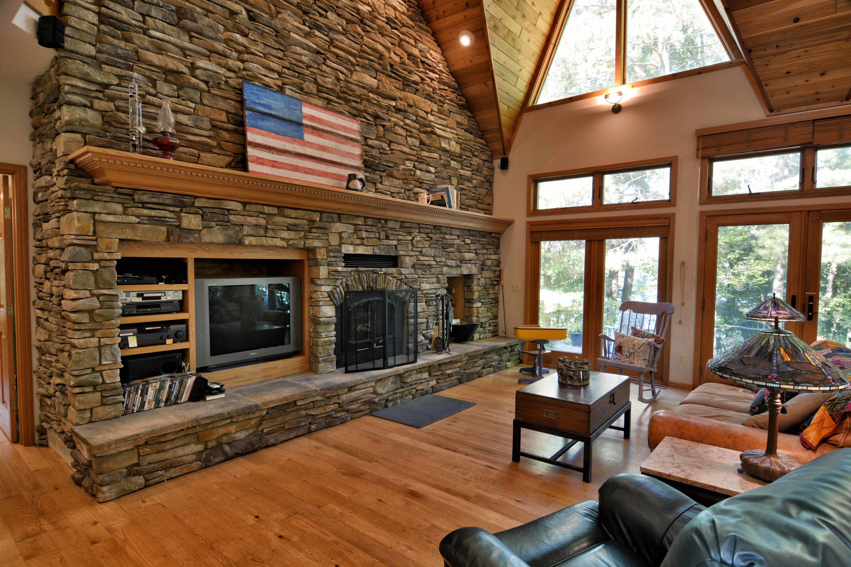 custom_built_lake_home